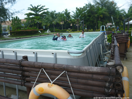 Avani sepang goldcoast resort adventures with family - Least crowded swimming pool singapore ...