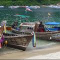 Phi Phi Island-hopping