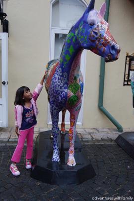 Colmar Tropicale Horse