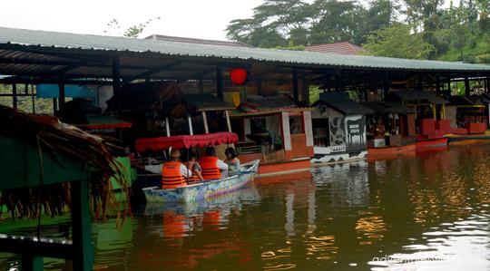 boat Bandung